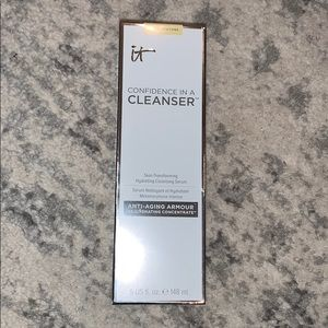 NEW with box- it Confidence in a Cleanser